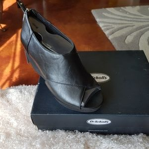 Dr. Scholl's Monarch Wedge Heel